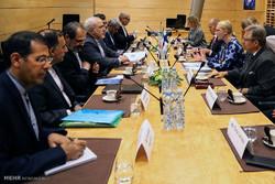 دیدار محمد جواد ظریف وزیر امور خارجه با  رئیس پارلمان فنلاند