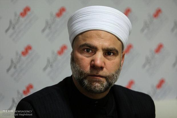 سعودی ها با نفاق هر خیانتی را به جهان اسلام روا می دارند