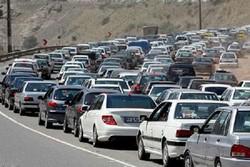 ترافیک سنگین بر جاده های زنجان حاکم است