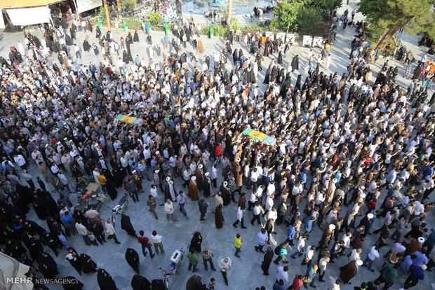 تشییع پیکر دو شهید مدافع حرم در قم
