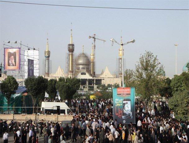 مراسم الذكرى السابعة والعشرين لرحيل مؤسس الثورة الاسلامية الايرانية