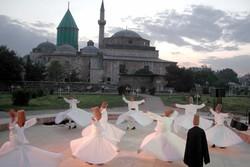 İranlı sanatçılar Konya'daki Mevlana etkinliklerine katılıyor