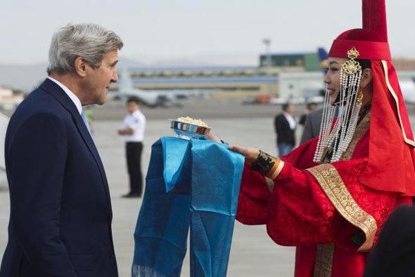 جان کری در مغولستان