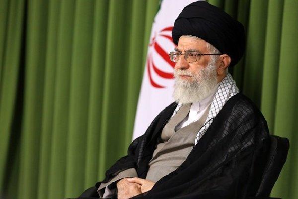 قائد الثورة يؤكد على ضرورة مواجهة سياسات الاستكبار العالمي