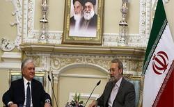 لاريجاني: الغاء التأشيرات بين ايران وارمينيا سيفضي الى تطوير العلاقات الاقتصادية