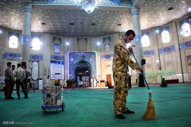 غبار روبی مسجد ستاد مشترک ارتش جمهوری اسلامی ایران