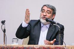 وزير الداخلية: سيتم تشكيل لجنة لتطوير العلاقات بين ايران وكردستان العراق