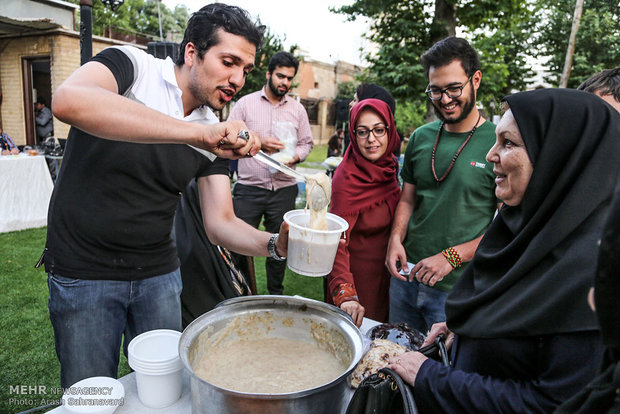 First charity festival of Iftar in Arak