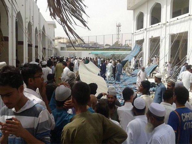 کراچی کی ایک مسجد میں مسلح افراد نے نمازیوں کو لوٹ لیا