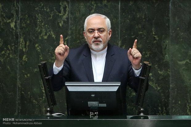 Zarif: ABD nükleer anlaşmayı zayıflatamaz