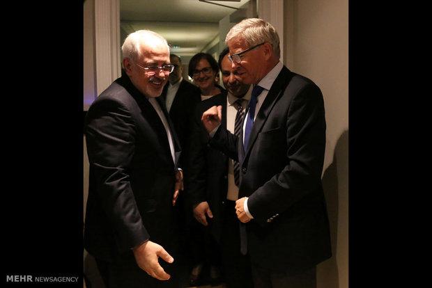 دیدار ظریف با دو نخست وزیر سابق نروژ