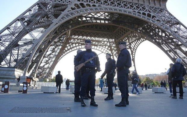 مقتل قائد شرطة وزوجته طعناً في باريس بيد رجل اعلن ولائه لداعش