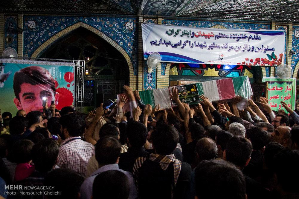 تشییع پیکر مطهر شهید مدافع حرم عباس دانشگر
