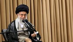 قائد الثورة يدعو إلى عدم السكوت امام الظلم المتمثل بإسقاط جنسية الشيخ عيسى قاسم