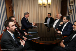 Zarif, in Norway, sees John Kerry over N-deal
