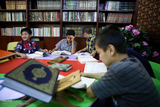 أطفال بصحبة القرآن الكريم في رمضان