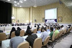 مسئولان دستگاههای برتر استان قم در حوزه نماز تجلیل شدند