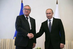 Putin meets EC president at SPIEF 2016