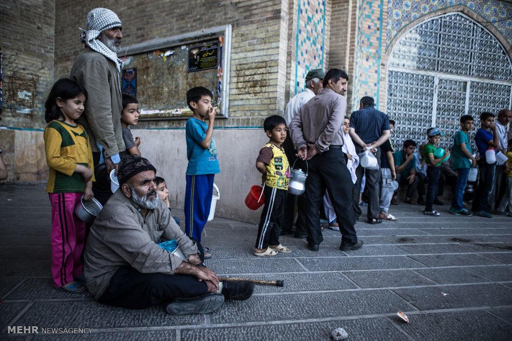 پخش آش نذری در ماه مبارک رمضان