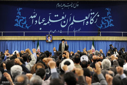 مشاهد من لقاء اساتذة الجامعات مع قائد الثورة الاسلامية