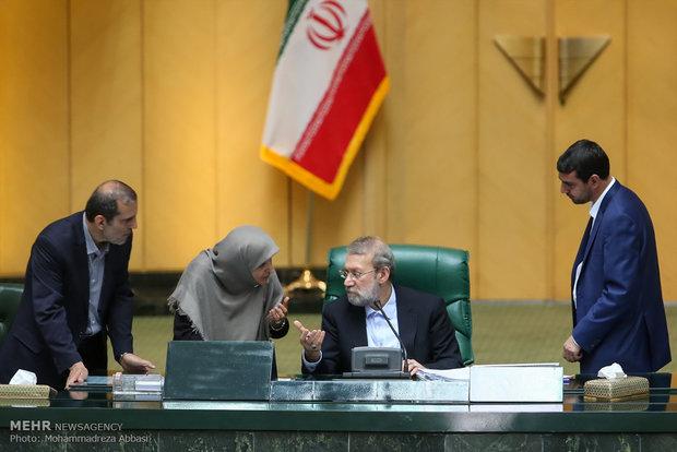 مجلس الشورى الاسلامي يدين قرار سحب الجنسية من الشيخ قاسم