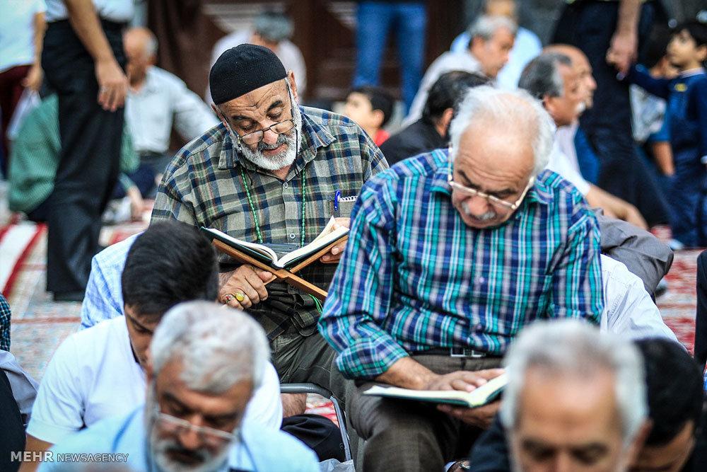 آئین جزء خوانی قرآن کریم در حرم مطهر رضوی