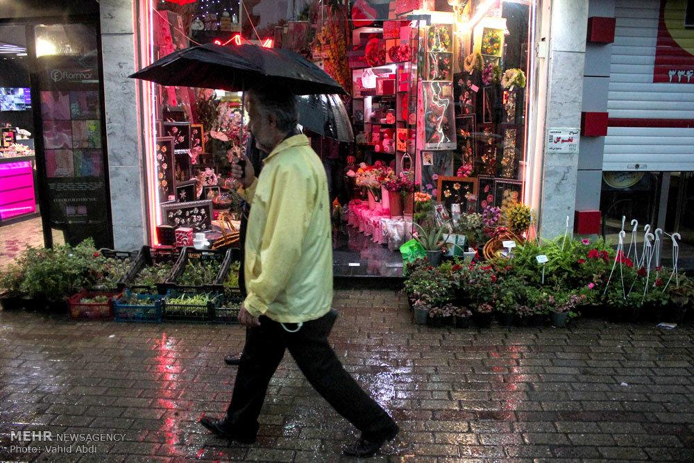 بارش باران و تگرگ در تبریز