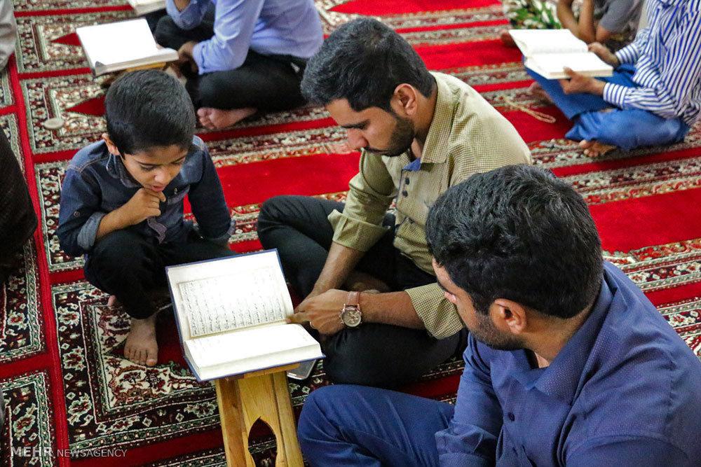 محفل انس با قرآن در هشت بندی هرمزگان