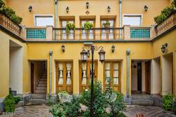 خانه تاريخي خورشید