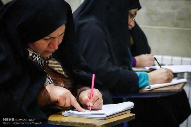 ۶۰۰ زن و دختر عشایر تحت پوشش طرح آموزش سوادآموزی قرار دارند