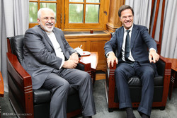 دیدار وزیر امور خارجه با نخست وزیر هلند