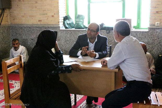 دیدار مردمی رئیس دادگستری شهرستان میناب با مردم