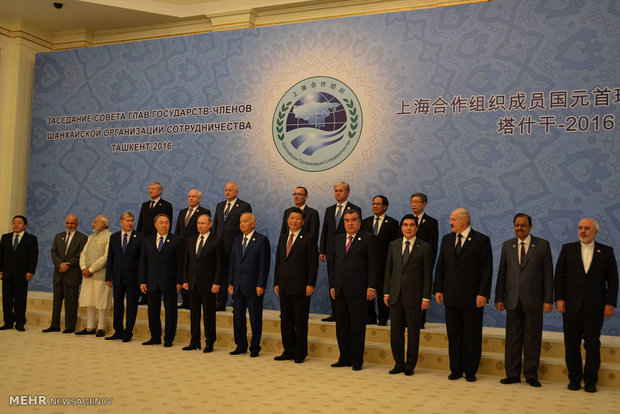 Zarif in Shanghai Coop. Organization conference