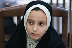آیه؛ دختری که از محاصره داعش گریخت/ دلم برای آغوش مادرم تنگ است