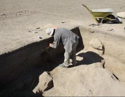 3 tombs uncovered in western province