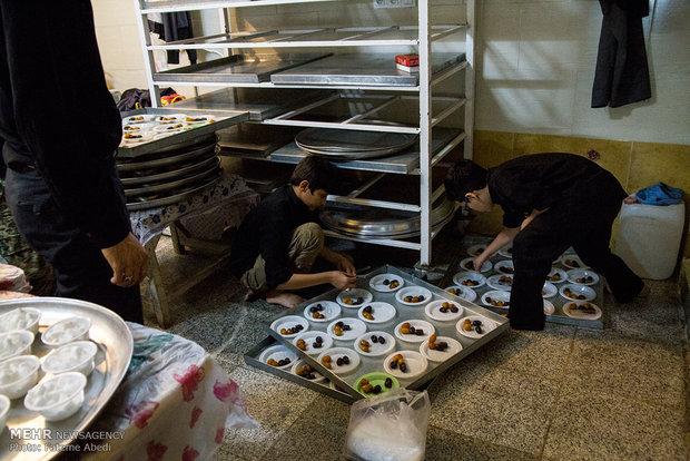 اعتکاف جمعی از دانشجویان و دانش آموزان در اراک
