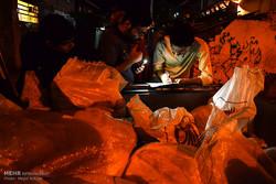 جمعية الامام علي (ع) تقيم مراسم لمساعدة الفقراء بمناسبة ليالي القدر