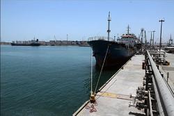 امکان سوختگیری کشتی ها همزمان با تخلیه وبارگیری در بندرشهید رجایی