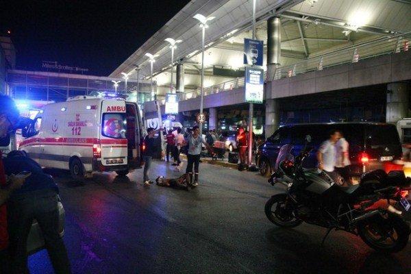 انفجار در فرودگاه آتاتورک