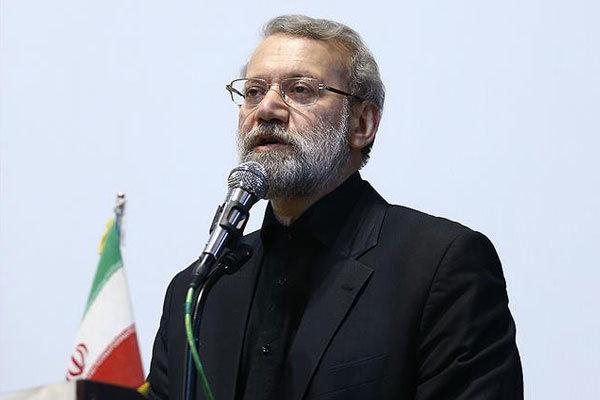 لاريجاني يؤكد ضرورة تعزيز الامكانيات الدفاعية لايران