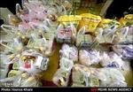 توزیع سبد ارزاق میان بانوان سرپرست خانوار غرب تهران