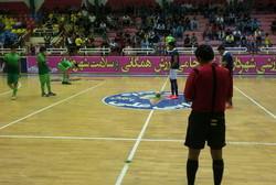 مدافع عنوان قهرمانی والیبال شکست خورد/ آغاز مسابقات فوتسال بسیج