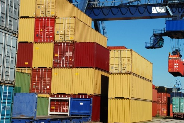 امور تجارت خارجی از طریق سامانه جامع پیگیری شود