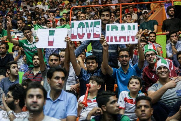 صربها شادیشان را با تماشاگران ایران تقسیم کردند