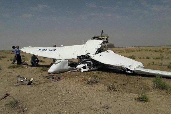 تحطم طائرة تدريب خفيفة غرب طهران