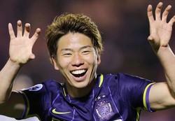 مهاجم ۲۱ ساله ژاپنی به تیم فوتبال آرسنال پیوست