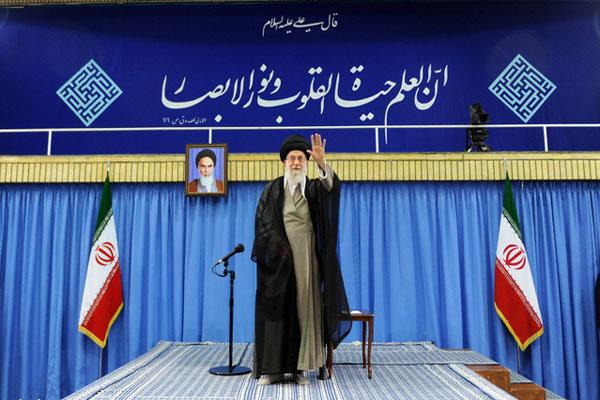 قائد الثورة يدعو الطلاب المسلمين الى تشكيل جبهة موحدة ضد امريكا والصهيونية