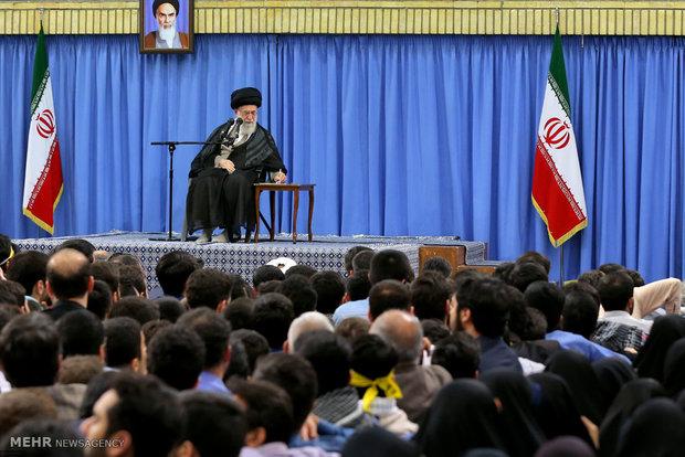 استقبال قائد الثورة للطلاب والجامعيين
