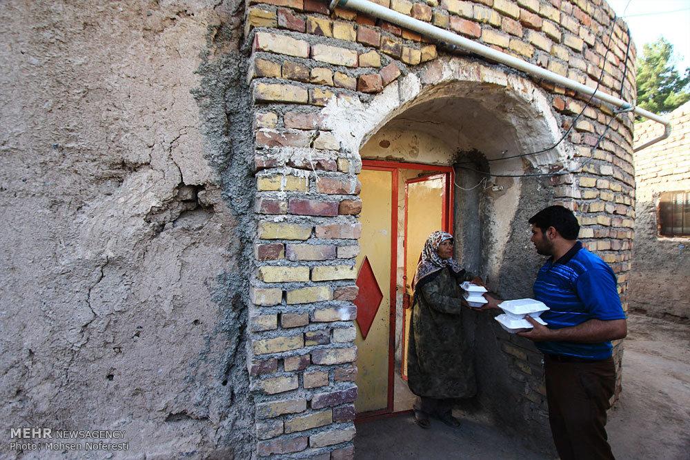 توزیع۲۵ هزار پرس غذای گرم میان نیازمندان توسط جمعیت امام رضاییها