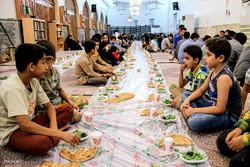 سفره اطعام و اکرام رمضان در خوی پهن می شود